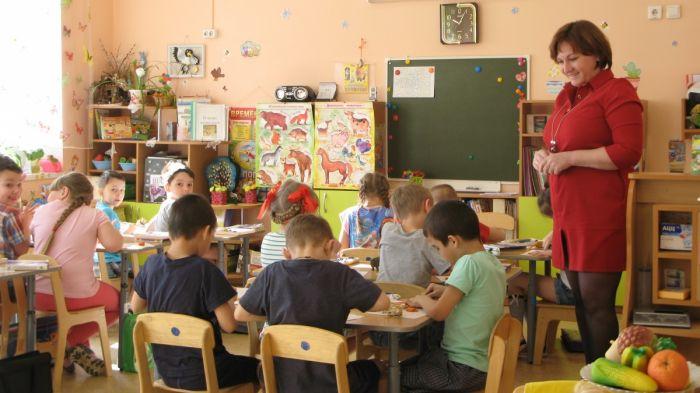 Началась выдача путевок в детские сады Кирова