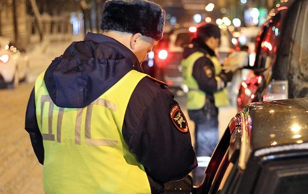 Водителей и пассажиров проверят на наличие неоплаченных штрафов