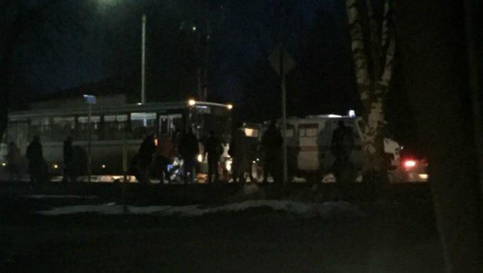 Соцсети: На трассе Киров-Слободской пассажирский автобус насмерть сбил пешехода