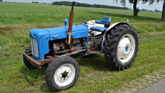 Кировчанин потерял более 230 тысяч рублей на покупке трактора