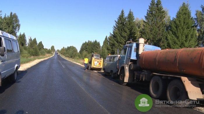 На трассе Киров-Русское обновят разметку