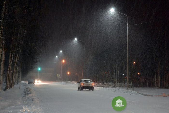 """""""Ростелеком"""" должен заменить ещё 300 светильников на кировских улицах"""
