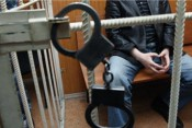 Предприниматель из Яранска напал на полицейского