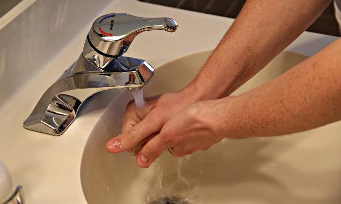 Жильцы верхних этажей испытают проблемы с водоснабжением