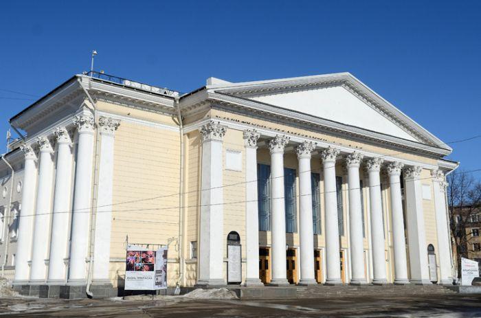 Кировскому драматическому театру исполняется 140 лет