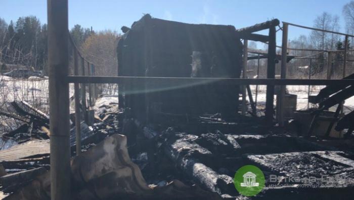В Кирове дотла сгорела частная баня