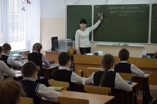 В 15 школах Кирова на неделю приостановлен учебный процесс