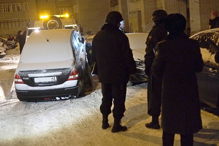 Приставы арестовали Nissan и Infiniti за неуплату налогов