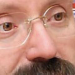 Усы Маури vs. Нос Маури