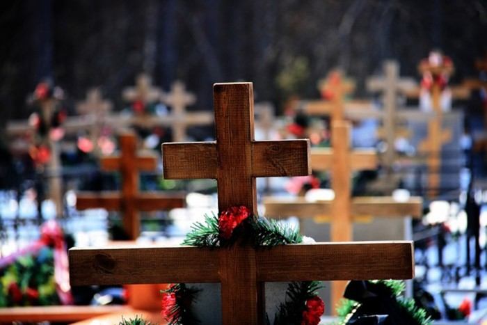 Кировчанин похоронил родственника в чужой могиле