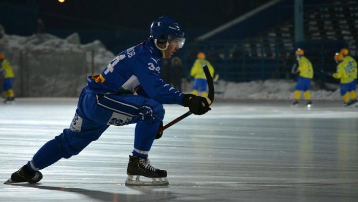 Кировская «Родина» осталась без одного из ведущих хоккеистов