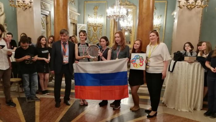 Кировская школьница завоевала золотую медаль Европейской математической олимпиады