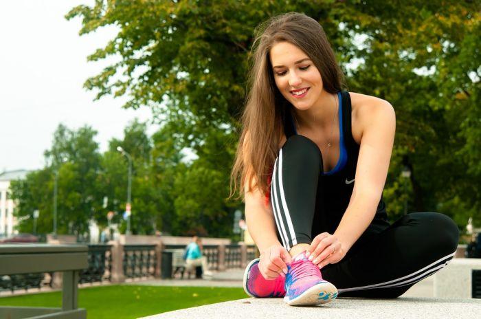 Как сэкономить на покупке спортивной одежды?