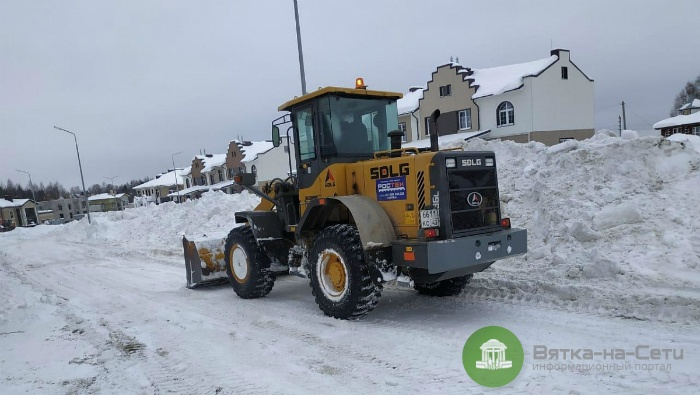 Мэрия: В выходные из города вывезли 11 000 «кубов» снега