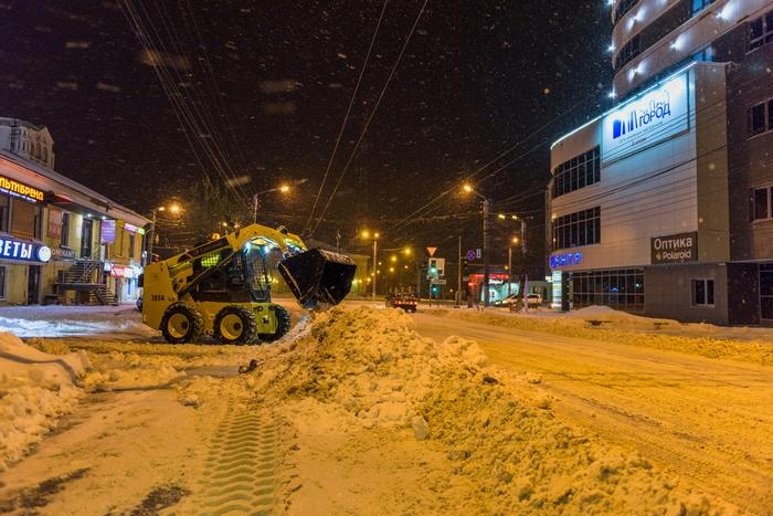 """Кировские подрядчики получили оценку """"отлично"""" за уборку снега"""