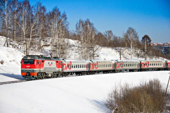 Поездные бригады помогут пассажирам, заболевшим в пути