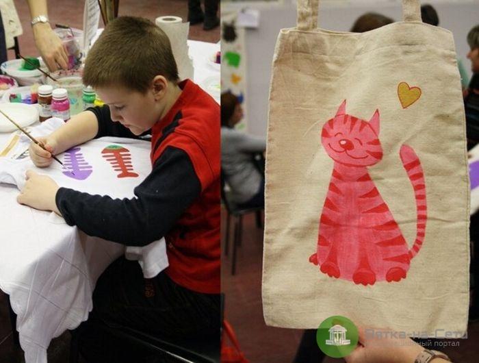 Кировские школьники изготовят 1000 эко-сумок и будут их обменивать на полиэтиленовые пакеты