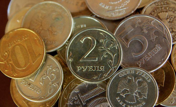 Процесс ослабления рубля продолжится, к осени ожидается диапазон 62-65 руб.