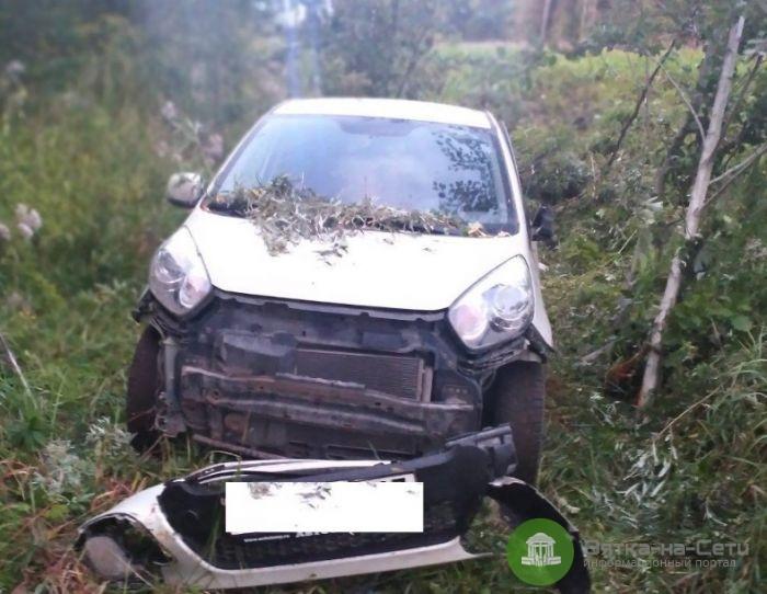 Водитель автомобиля во время движения выпал из машины