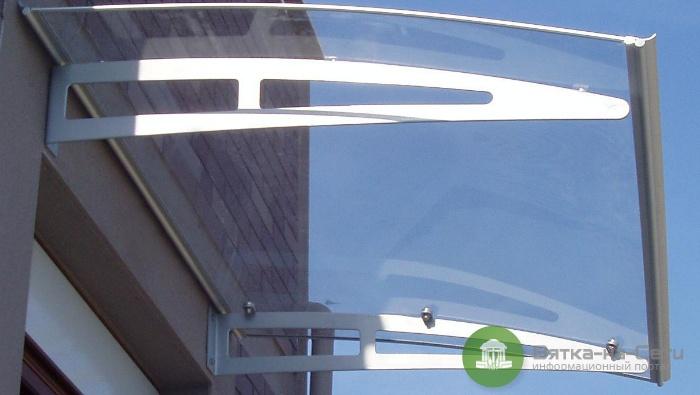 Защитные козырьки из поликарбоната и алюминия