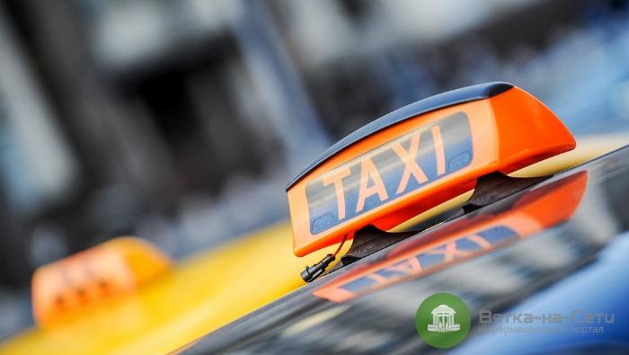 Кировский таксист в отместку за неоплаченную поездку ограбил квартиру пассажира