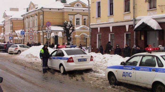 Кировские спецсслужбы обезвредили «террористов» втеатре кукол