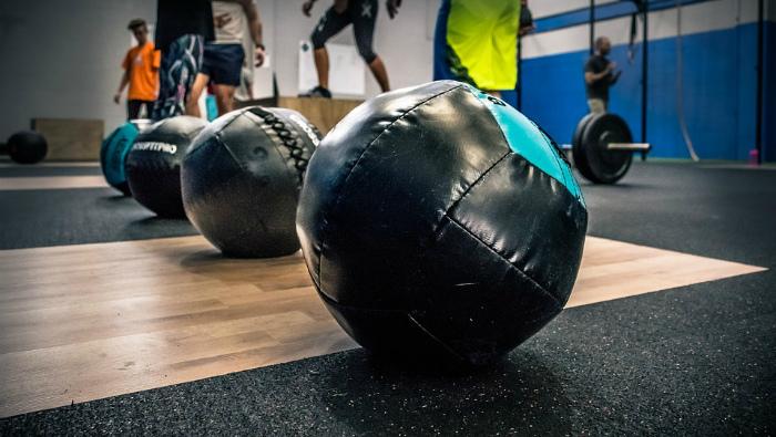 Главбух спортшколы подозревается в присвоении 300 тысяч рублей