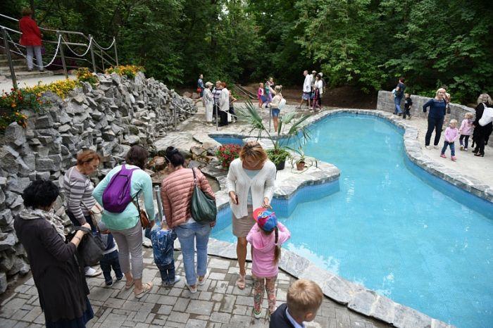 В обновленном ботаническом саду появился бассейн в форме Чёрного моря