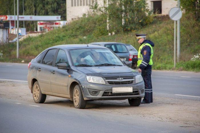 В Октябрьском районе города пройдут сплошные проверки водителей