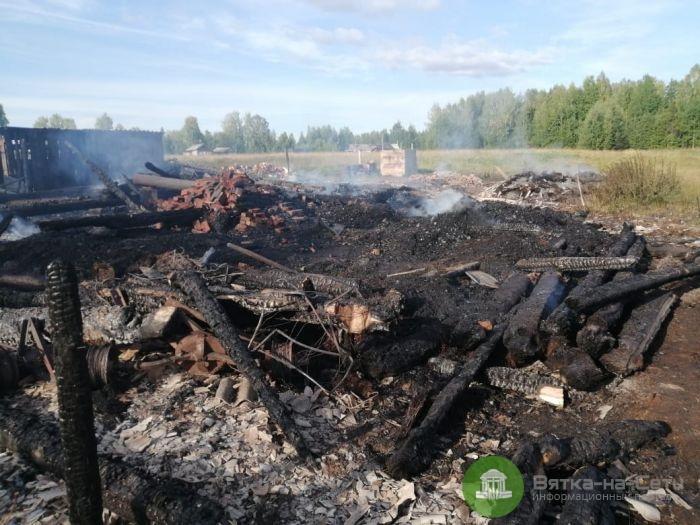 В пожаре в Даровском районе погиб 3-летний ребенок