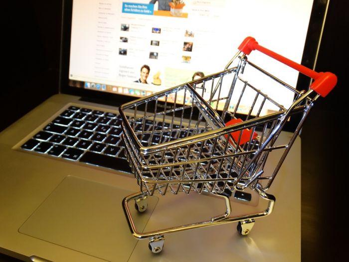 Как быстро и выгодно продать вещи в интернете?