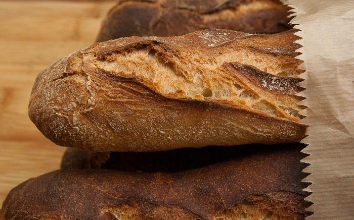 В одной из кировских пекарен пенсионеры могут бесплатно получить хлеб