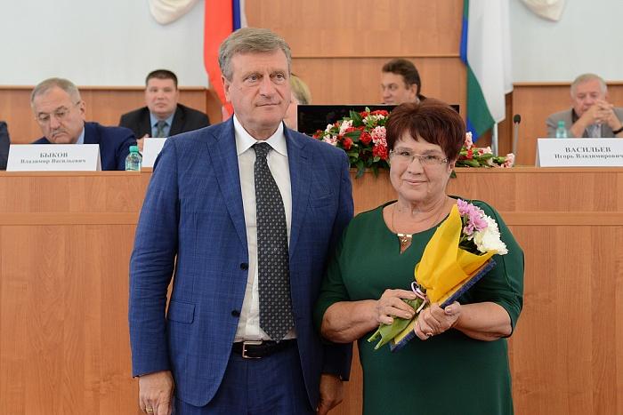 Правительство отметило высокий уровень образования в районах Кировской области