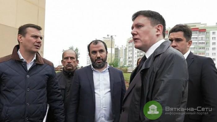 Председатель регионального правительства проверил ход строительства дорог в области