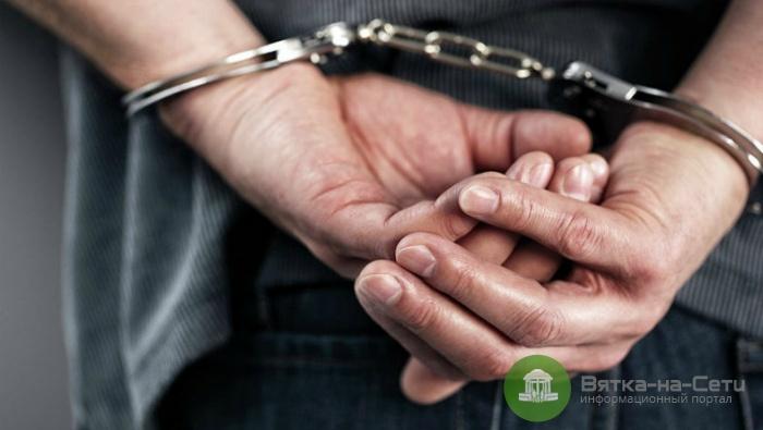 В Яранском районе мужчина заколол свою сожительницу кухонным ножом