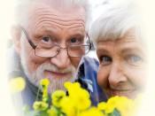Не забудьте поздравить своих пожилых родственников!