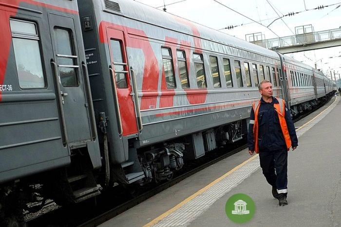 Кирочане стали чаще ездить на пригородных поездах