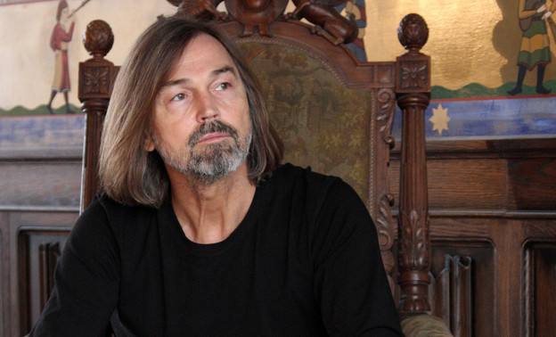 Никас Сафронов приедет в Киров на открытие своей выставки