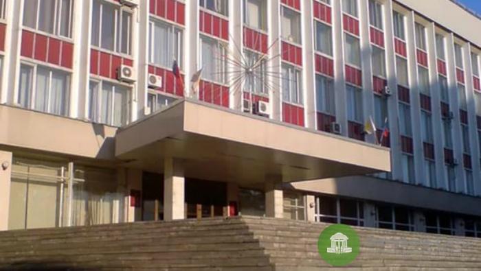 В отставку ушел глава Октябрьского теруправления