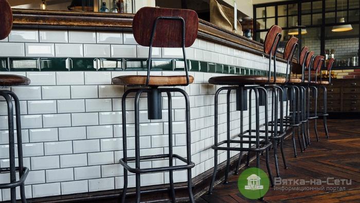 Как выбрать барный стул для кухни?