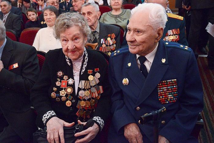 Игорь Васильев поздравил ветеранов войн и участников боевых действий с Днём защитника Отечества