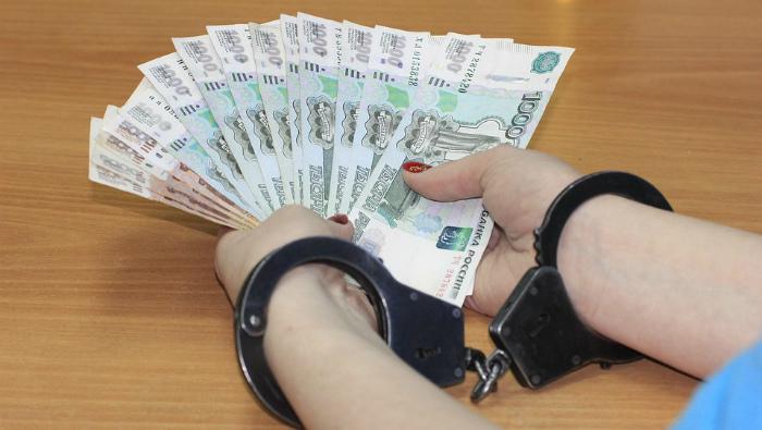 В Кирове осудили экс-директора турфирмы, обманувшую 24 клиента