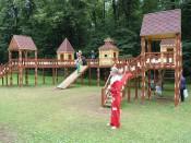 Победители городского конкурса открывают детскую игровую площадку