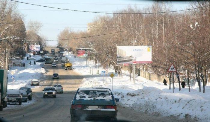 С 27 марта большегрузы не смогут проехать по дороге Киров-Сидоровка