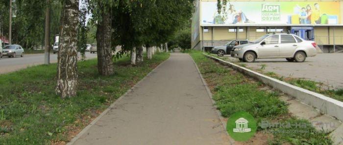Кировчанка избавилась от 2-летнего сына, бросив его вблизи проезжей части