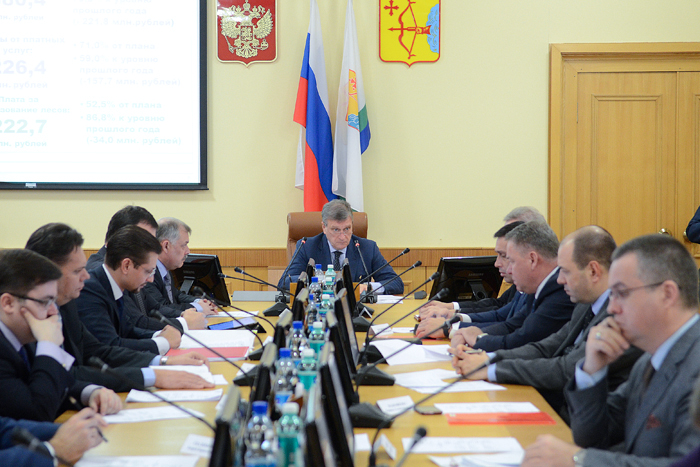 Игорь Васильев уволил Виктора Бушменёва в связи с утратой доверия