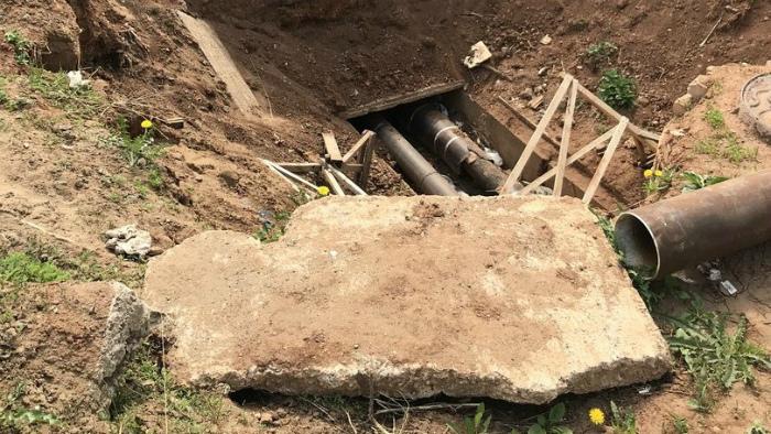 Опасную яму на Воровского, 104 заделают