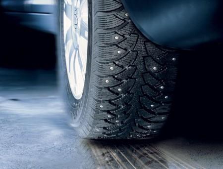 Избавят ли шипы от всех проблем на зимних дорогах?