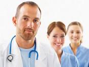 Десять вятских врачей получили по миллиону рублей