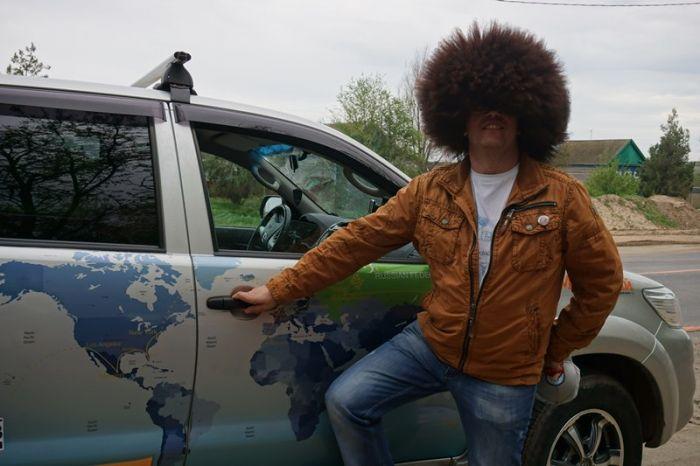 Проект «Hat Master» отправился на Кавказ в поисках головных уборов